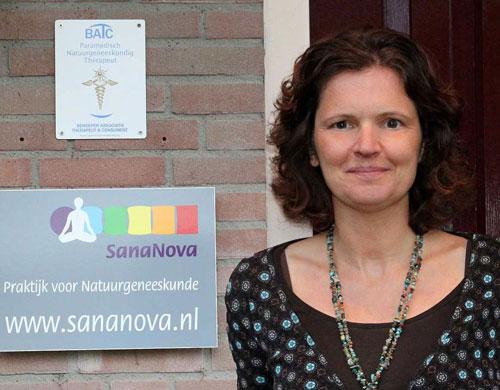 Karen Waterlander van Praktijk SanaNova